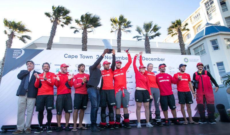 El MAPFRE gana en Ciudad del Cabo y es nuevo líder de la Volvo Ocean Race