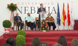 MAPFRE respalda una nueva promoción de la Universidad Nebrija