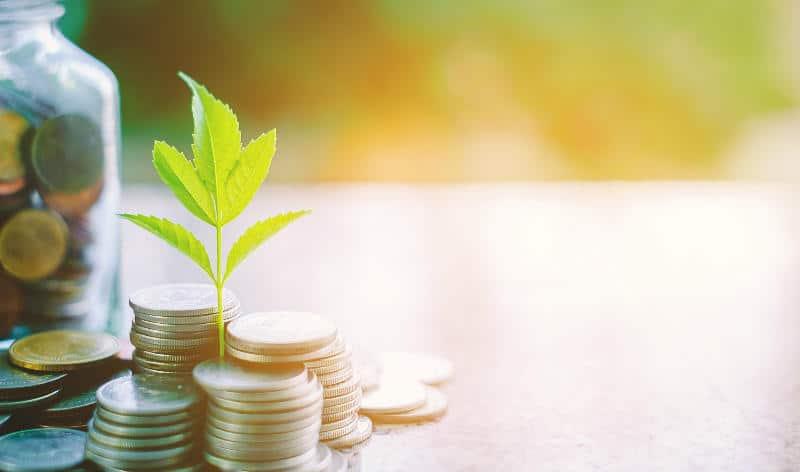MAPFRE acaba de lanzar al mercado una solución que permite acompañar al cliente desde el momento en que empieza a ahorrar para la jubilación y ocuparse de su pensión durante toda su vida.